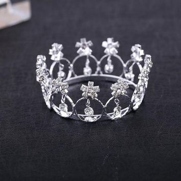 2017 Real Direct Selling Trendy Zinc Alloy Tiaras Mini And Rhinestone Round Tiara Crown For Newborn Baby Photo Prop