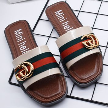 GUCCI 2018 new fashion British style summer non-slip flat flip-flops color slippers brown