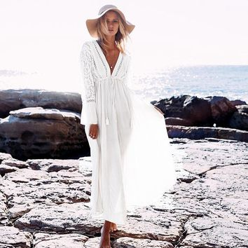 Seaside vacation Sunscreen Long section white Long sleeves People cotton lace smock Beach dress