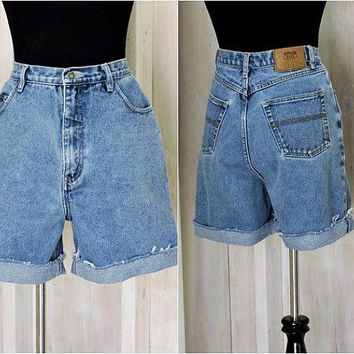 "Mom Jeans Shorts /  Vintage 80s / high waisted denim shorts / size 8 / 9  / 30"" waist / Retro Route 66"