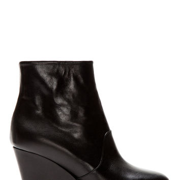 Maison Martin Margiela Black Leather Platform Ankle Boots