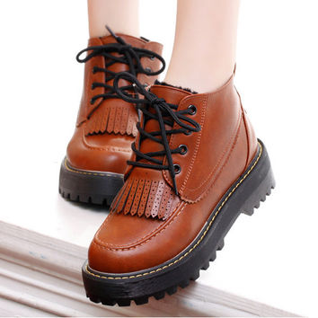2016 New college style fringe boots