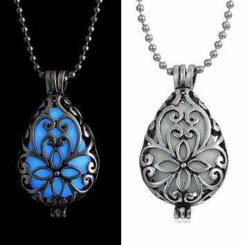 VONC4Y Glow In Dark Locket Hollow Glowing Stone Luminous Choker Pendant Necklace