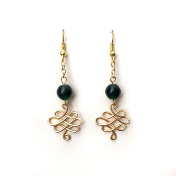 Celtic Earrings Green Gold