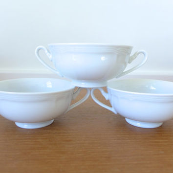 Seven Oneida by Noritake Sri Lanka bouillon cups in white porcelain