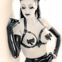 LATEX FRAME BRA WITH BOW