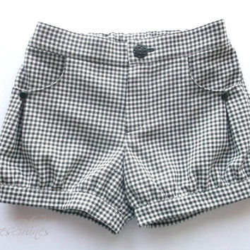Little girl shorts Black and white cotton blend chequered fabric Adjustable elasic waistband Kids 4 - 8 years