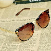 Cat Eye OverSized Round Sunglasses EA001