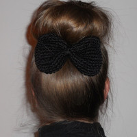 Bergitta Bow Hairclip in Black