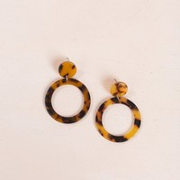 Annalise Round Tortoise Hang Earrings