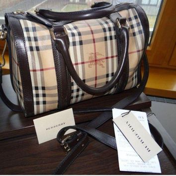DCCKUG3 Burberry women's Leather handbag bag haymarket Made in Italy.