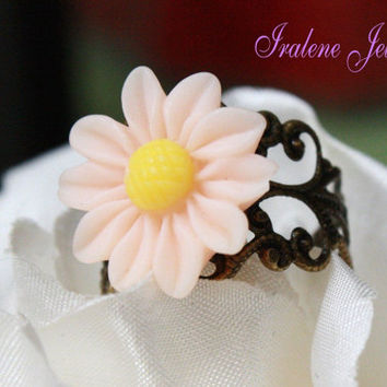 Handmade Antique bronze filigree adjustable Daisy flower ring 4 colors Purple Pink mint Green Yellow Vintage style SALE Promotion