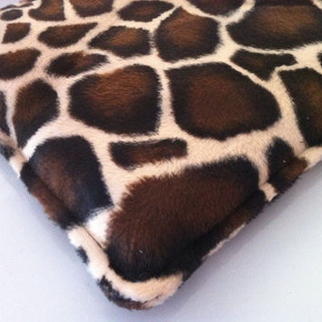 Heating Pad - Snuggles Microwavable Corn Bag Heat/Cold Therapy - Giraffe Print
