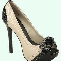 Black & Beige Patent Peep Toe Pumps Shoes - Unique Vintage - Cocktail, Evening & Pinup Dresses