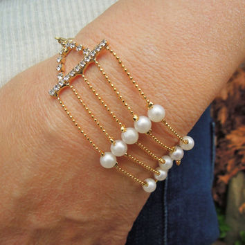 Bridesmaids Jewelry , bridesmaid gift , Multi-strand white fresh water pearls, Wedding Jewelry, beaded bracelet , weddings  bracelets