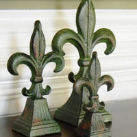 Cast Iron Fleur de lis, Choose your Color, Fleur de lis finials, Cast Iron Tabletop Decor, Cast Iron Home Decor, French Home Decor