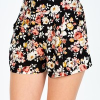 All Over Roses Short