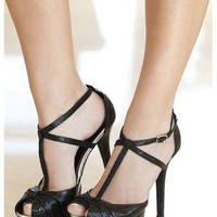 T-STRAP PEEP-TOE SANDALS | Body Central