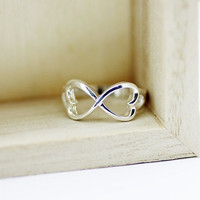 Silver Hearts Infinity Ring, Infinity Promise Ring, Infinity Symbol Ring, Infinity Engagement Ring, Love Ring, Best Friend Ring, 925 Silver