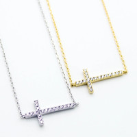 Cross sideway necklace