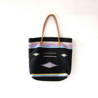 vintage tribal tote. woven market bag. farmers bag. shoulder bag. southwestern purse.