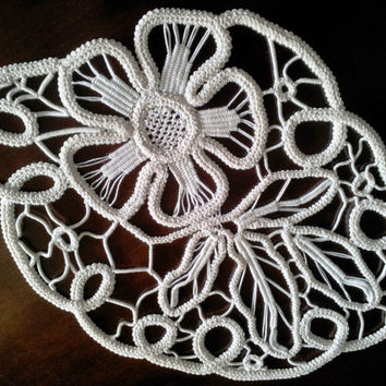 Handmade, Vintage Macramé, Crochet Point Lace Doily, Natural Cotton, Ivory Color from 1960