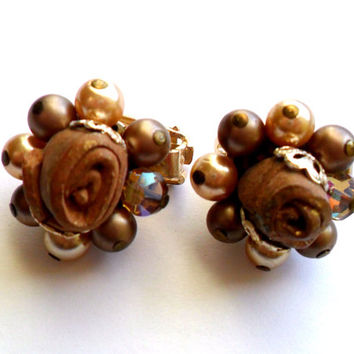 Vintage Beaded Cluster Earrings Brown Faux Pearl Champagne Chocolate Clay Swirl Aurora Borealis Gold Tone