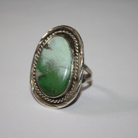 Large Green Turquoise Vintage Sterling Silver  Stone Ring  Size 9.5- Free US Ship