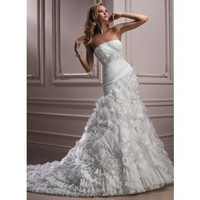 Attractive Strapless Sleeveless Satin wedding dress