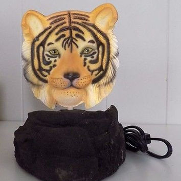 Vision Quest Sculptures Holographic Tiger Safari Lamp