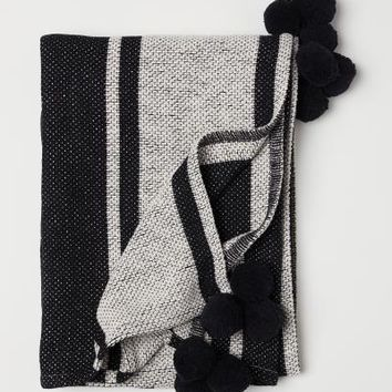 Jacquard-weave blanket - Natural white/Black - | H&M US