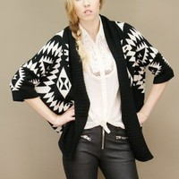 Soft and cozy tribal print cardigan in black and white, short sleeves | shopcuffs.com