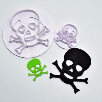 2Pcs/Set Fondant Cake Moulds Set Plastic Skull Head Cutting Molds Fondant Cutter Mold Cake Decorating