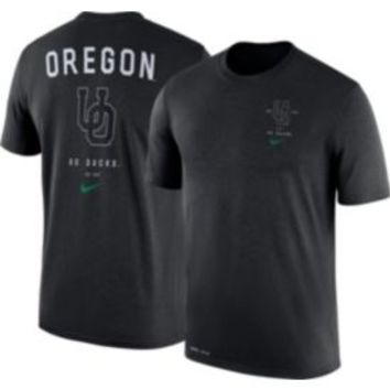 Nike Men's Oregon Ducks Black Dri-Blend Vault Logo T-Shirt | DICK'S Sporting Goods