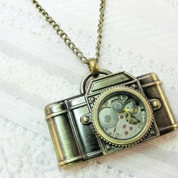 The ORIGINAL Camera Necklace - STEAMPUNK CAMERA - Jewelry by BirdzNbeez -  Christmas Photographer Wedding Birthday Bridesmaids Gift