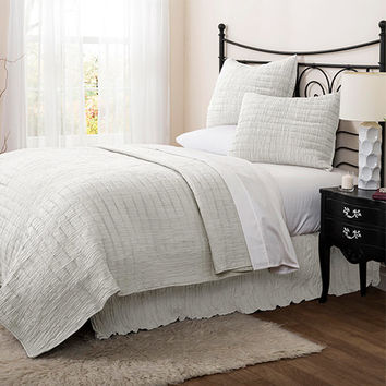 Lush Decor C24652P14-000 Crinkle Solid White Three-Piece King Quilt Set - (In No Image Available)