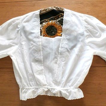 White Lace Top Blouse,  White Eyelet Lace Puffy Sleeve Gathered Elastic Waist, Crop Top Shirt, Size S/M