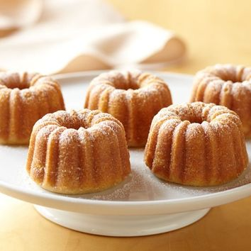 Nordic Ware Mini Bundt® Cake Pan