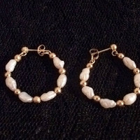 Genuine Fresh Water Pearl and Gold Bead 14-Karat Yellow Gold Hoop Earrings - Beautiful Vintage Estate Fine Jewelry
