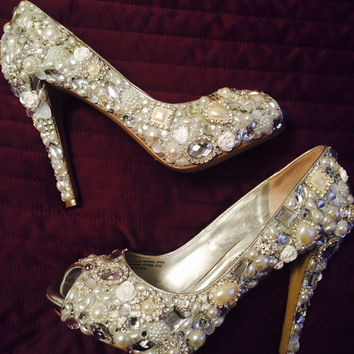 Wedding shoes bridal shoes custom bling luxury pearl rhinestone crystal sparkle pumps