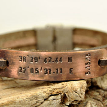 FREE SHIPPING - Mens Personalized Bracelet,Stamped Bracelet,Men's Leather Bracelet, Bronze Clasp, Antiquing Copper Personalized Bracelet