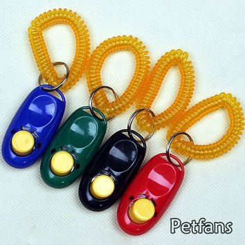 New Pet Dog Click Aid Wrist Strap Agility Trainer Plastic Clicker (Size: 6.2cm by 3.1cm by 1.8cm) = 1929724804