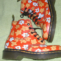 Girls orange floral boots - UK sz 1- EU 33 - US 2.5 - good vintage condition