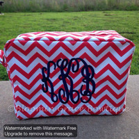 Monogrammed Make Up Bag - Monogrammed Cometics Case - Chevron Make Up Bag - Custom Bag - Toiletry Bag - Bridal Party Gifts - Make Up Case