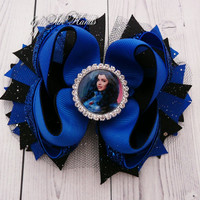 Evie Descendants Hair Bow   Mal character inspired Boutique   Descendants bithday bow hair bow  Evie hair bows