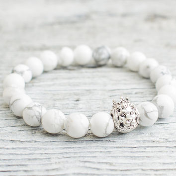 White howlite stone beaded 925 sterling silver Lion with crown stretchy bracelet, Mens bracelet, Womens bracelet