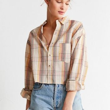 UO Cropped Plaid Button-Down Shirt | Urban Outfitters Canada