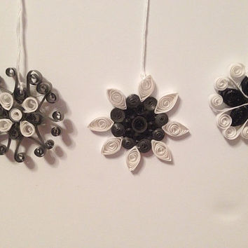 Christmas ornaments, handmade ornaments, quilling ornaments, quilling snowflakes, black and silver, unique ornaments, package decor