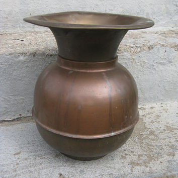 brass spittoon cuspidor larger size weighted bottom 10 3/4 inches tall beautiful patina
