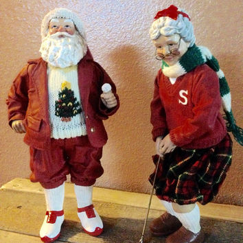Vintage mr and mrs claus golfers
